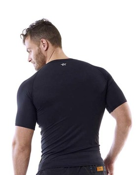 Black rashguard men jobe.jpg?ixlib=rails 3.0